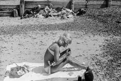 David Hurn - https://www.theguardian.com/artanddesign/gallery/2018/jan/13/the-great-british-seaside-in-pictures