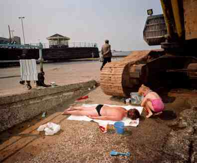 Martin Parr - https://www.theguardian.com/artanddesign/gallery/2018/jan/13/the-great-british-seaside-in-pictures